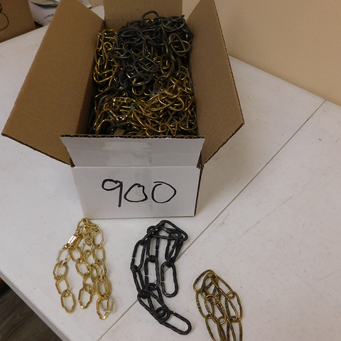 1 Lot Box of Assorted Metal Chains