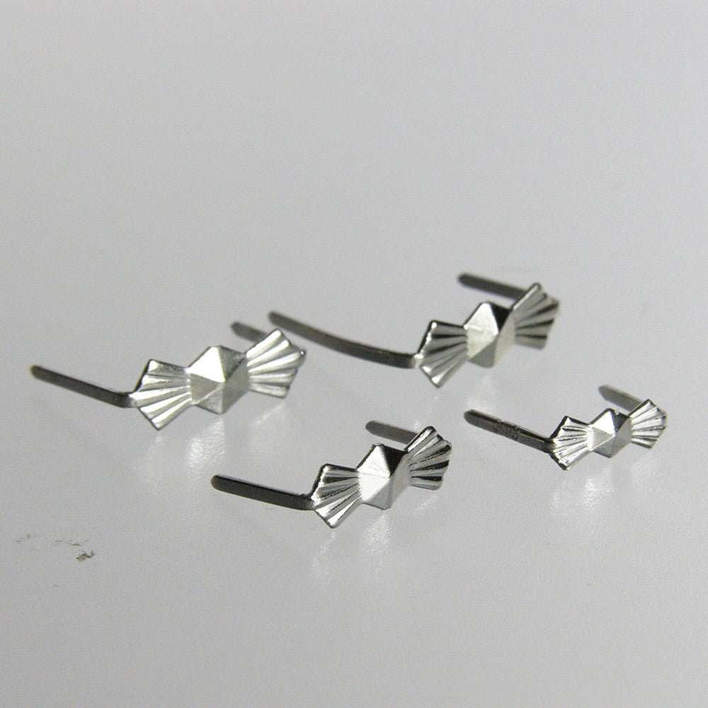 Chrome Bow Tie Hangers (25/pack)