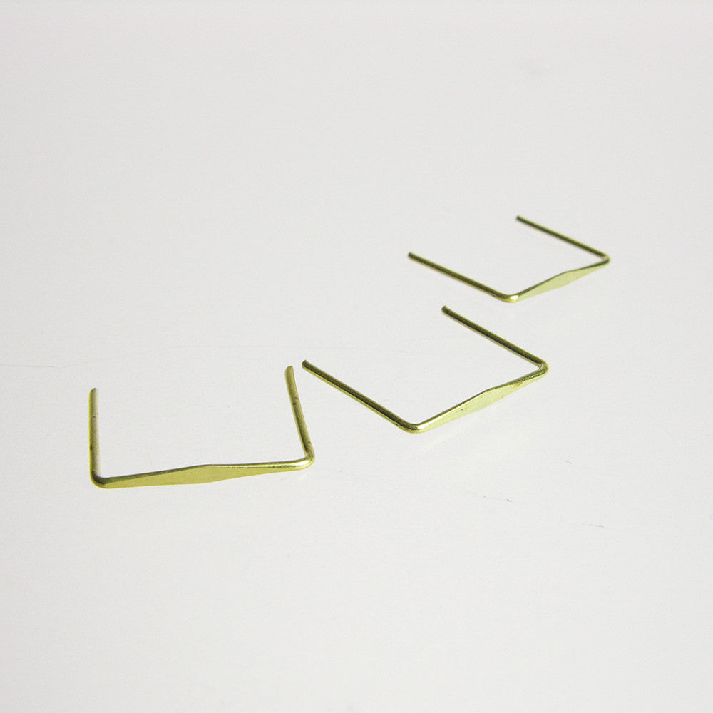 Brass Diamond Clips (100/pack)