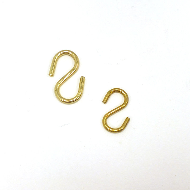 Brass Plated Hooks (2 Sizes)