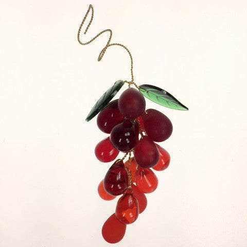 19 Crystal Red Grape Cluster w/ Leaves