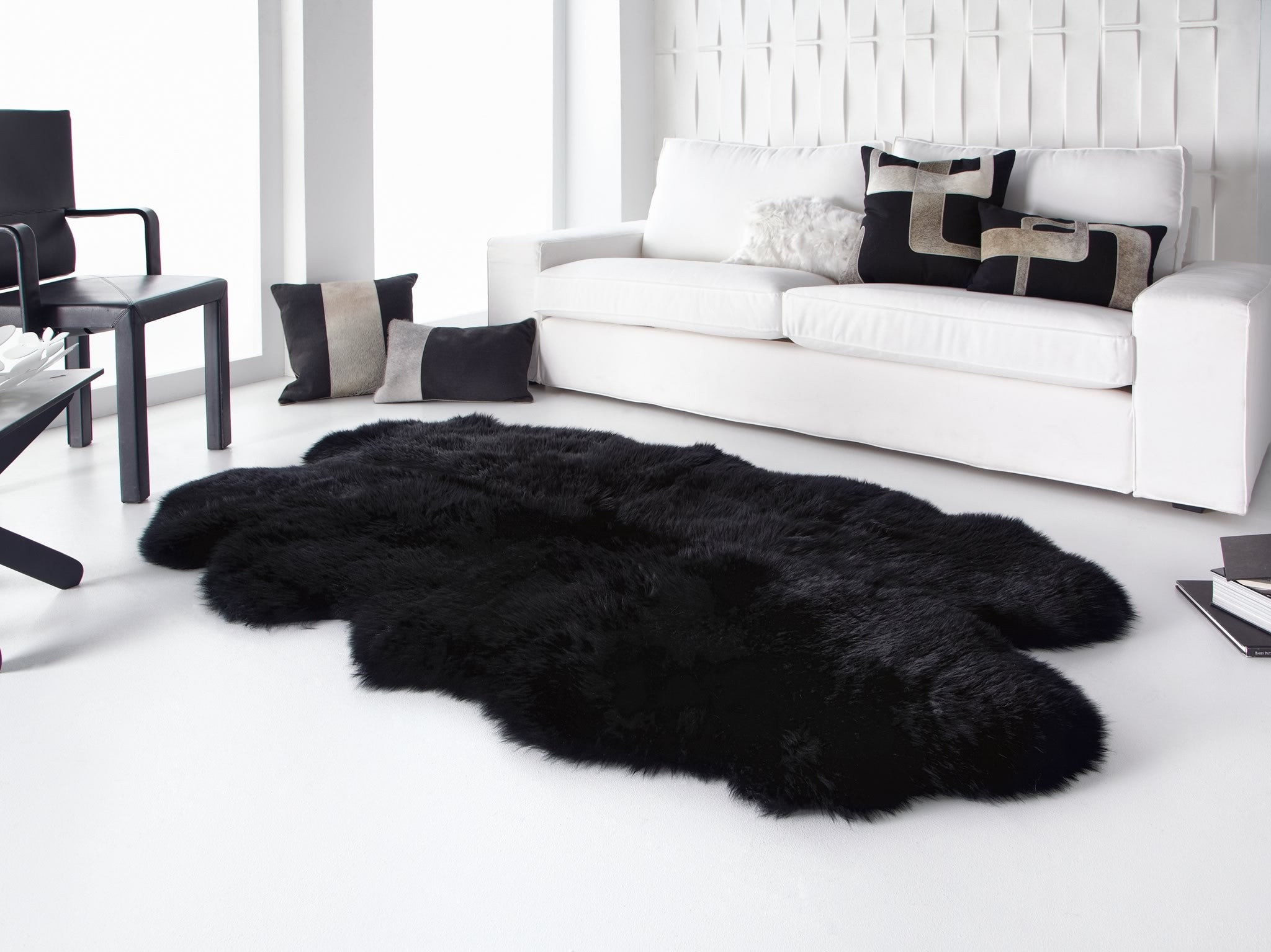 Black Quarto Sheepskin Rug