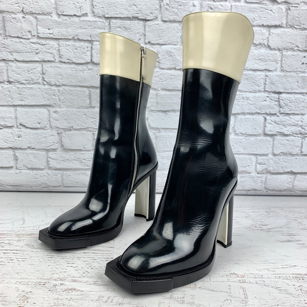 Alexander McQueen Two-Tone Patent Boots Size 37