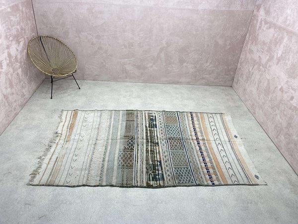 Exclusive Vintage Rugs - Pramtic - 8.75 x 5.24 ft / 2,67 x 1,60 m