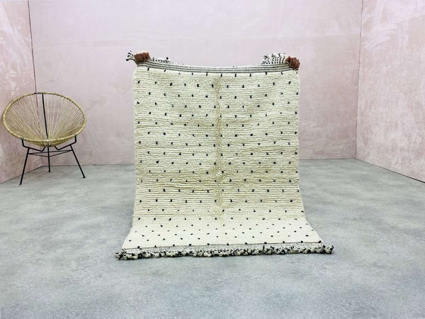 Beni Ouarain - Faith - 3.60 x 4.59 ft / 1.10 x 1.40 m