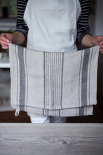 Load image into Gallery viewer, Linen Tea Towel | www.bowlandpitcher.com