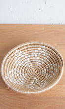Load image into Gallery viewer, Hanging wall basket, African baskets, Amsha, #wallbasket #Hangingwallbasket
