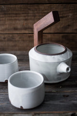 ceramic tea pot w/cups |www.BowlandPitcher.com