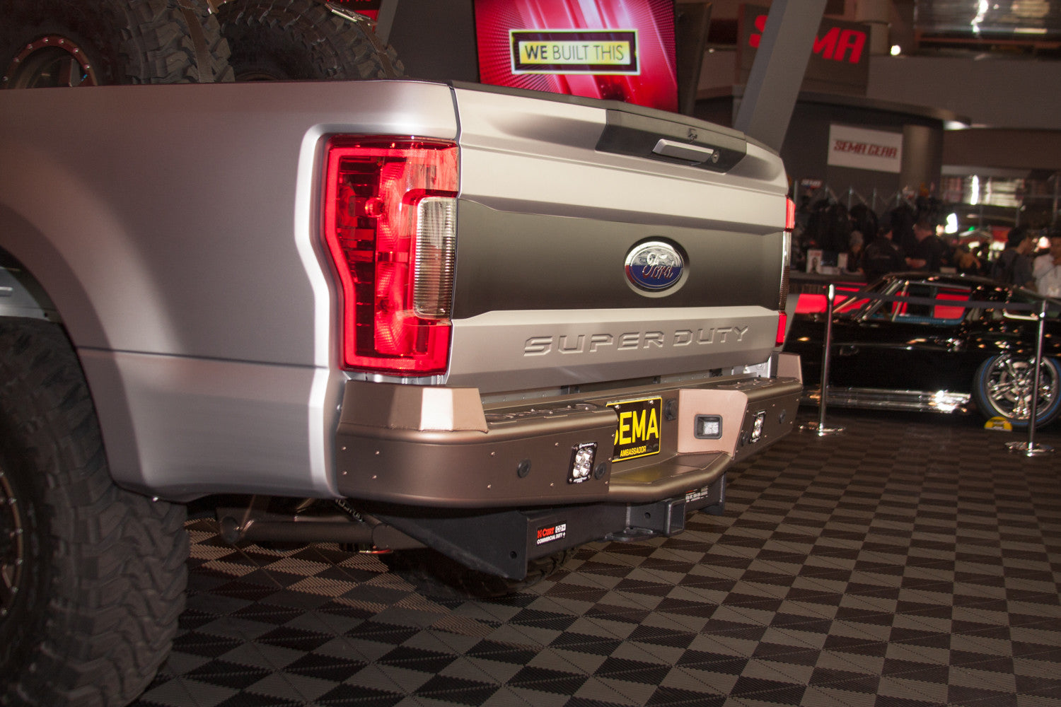 Ford Super Duty (2017+) Revolver Rear Bumper