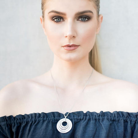 Offset Floating Pendant Necklace - Alexa Lane