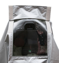 Load image into Gallery viewer, Matin Digital Camera Rain cape (Small)