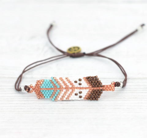 Pineapple Island Feather Pattern Seed Bead Bracelet