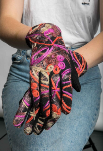 Molly Embroidered Touchscreen Gloves - Orange