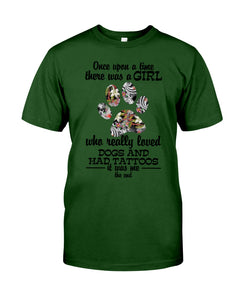 A Girl Loved Dogs And   Had Tattoos  Custom Design For Dog Lovers Guys Tee