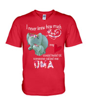 Load image into Gallery viewer, Elephants Someone Called Me Oma Funny Design Guys V-Neck