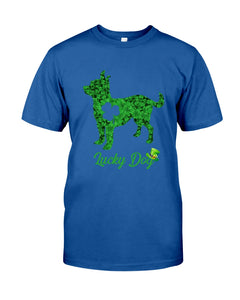 Chihuahua Lucky Day Clover Happy St Patrick's Day Trending Guys Tee