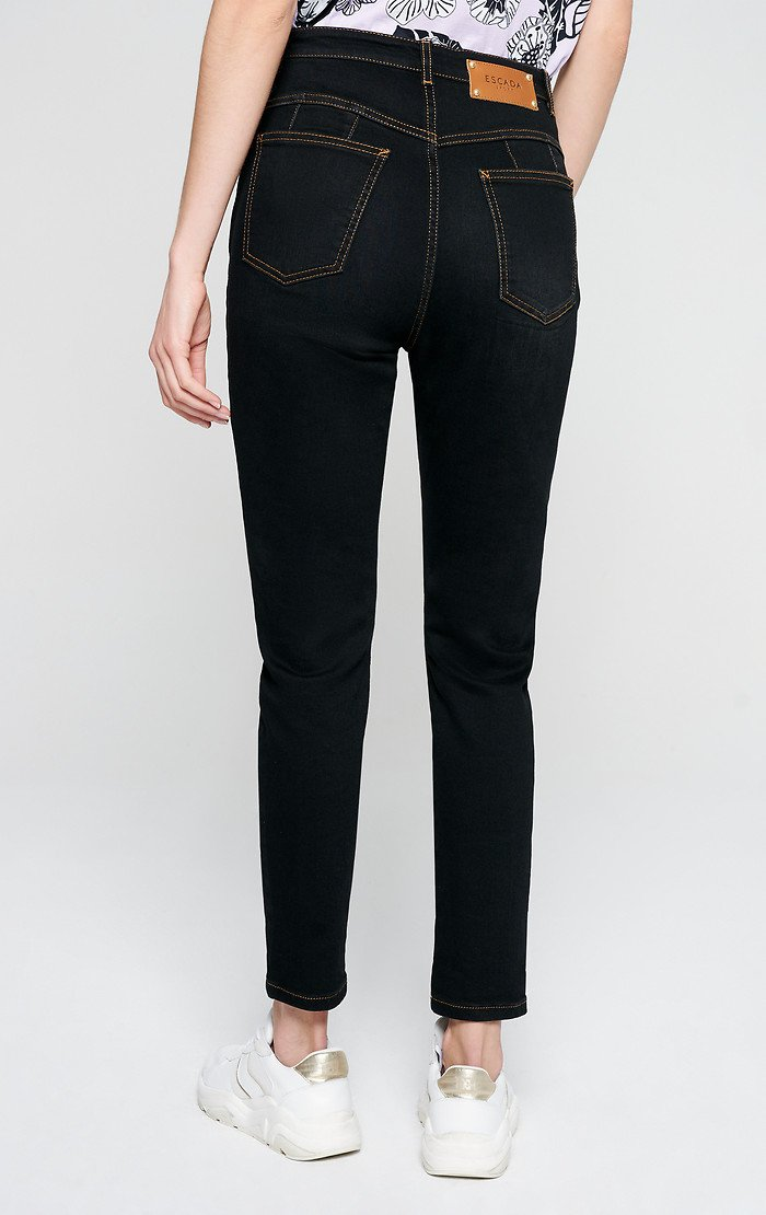 ESCADA Cropped Tapered Jeans