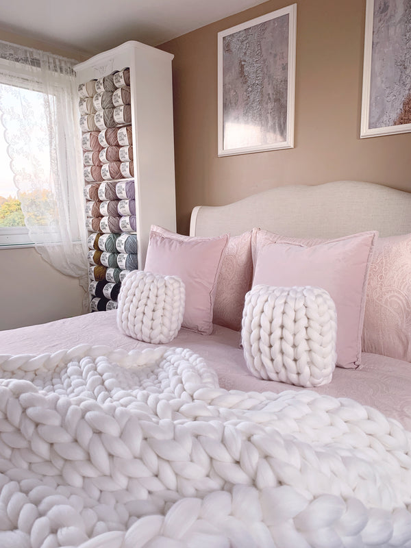 Merino Chunky Knit Cushion (Mini)