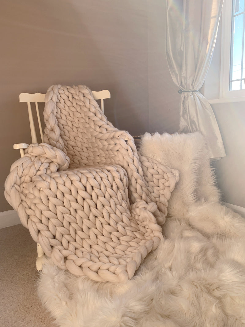 Merino Chunky Knit Blanket (Medium)