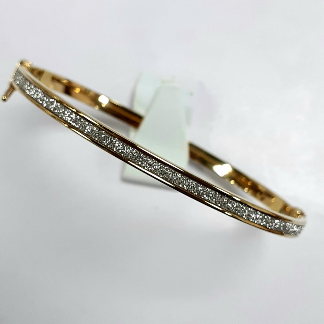 9ct Yellow Gold Hallmarked Ladies Bangle - Product Code - J553