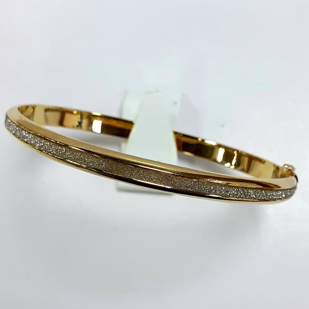 9ct Yellow Gold Hallmarked Ladies Bangle - Product Code - VX695