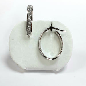 9ct White Gold Hallmarked Earrings - Product Code - J533