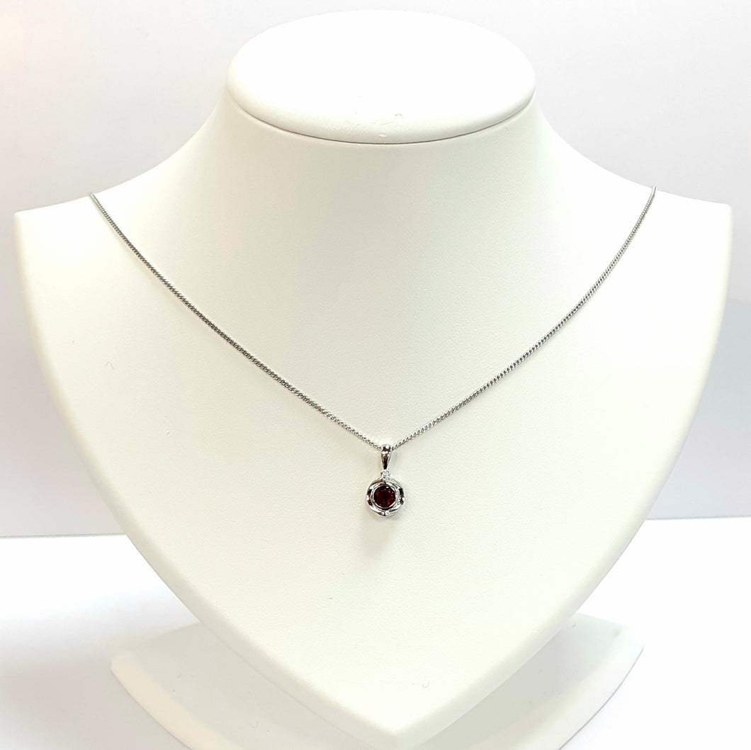 Silver Garnet Pendant With Chain - Product Code - A564
