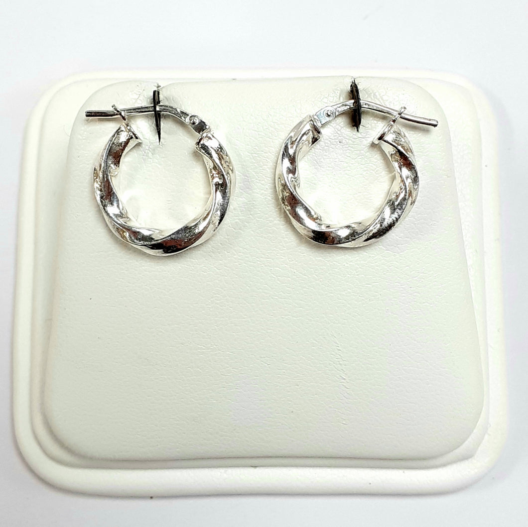 Silver Earrings Hallmarked 925 - Product Code - J538