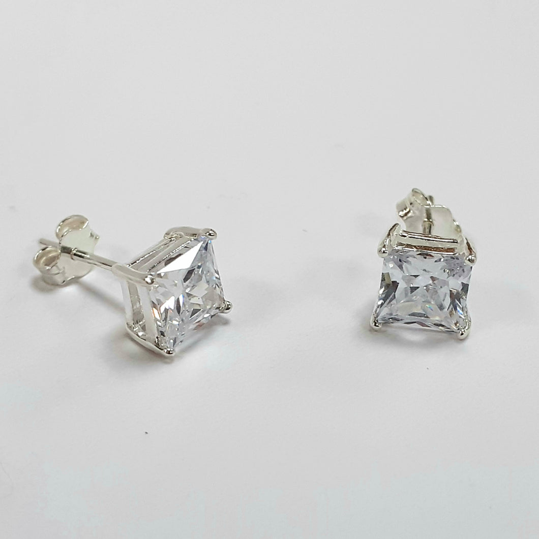 Silver Earrings Hallmarked 925 - Product Code - F171