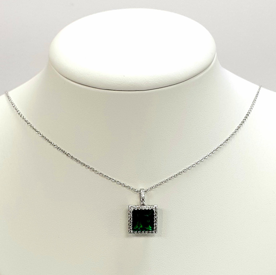 Silver Hallmarked 925 Pendant & Chain- Product Code - O97