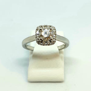 18ct White Gold Hallmarked Fine White Diamond Halo Designer Solitaire Ring - Product Code - B34