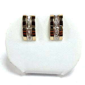 9ct Yellow Gold Hallmarked Cubic Zirconia Earrings - Product Code - VX834