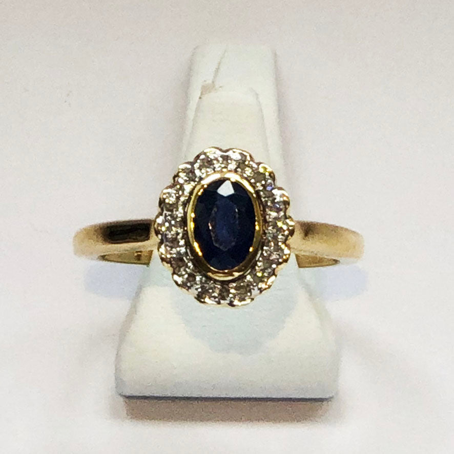 Diamond and Sapphire Yellow Gold Designer Ring