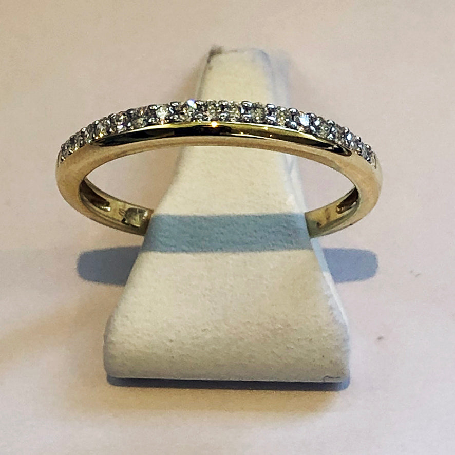 Diamond Yellow Gold Band Wedding Ring