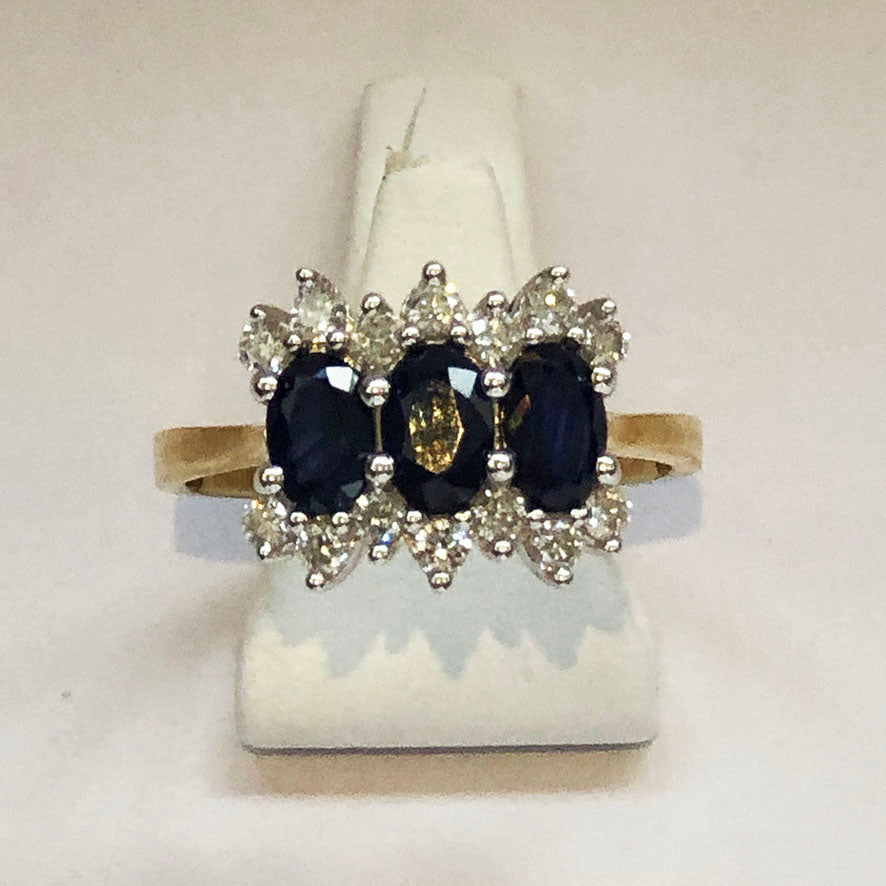 Diamond and Oval Sapphire Yellow Gold Ring