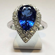 Load image into Gallery viewer, Diamond and Tanzanite White Gold Ring