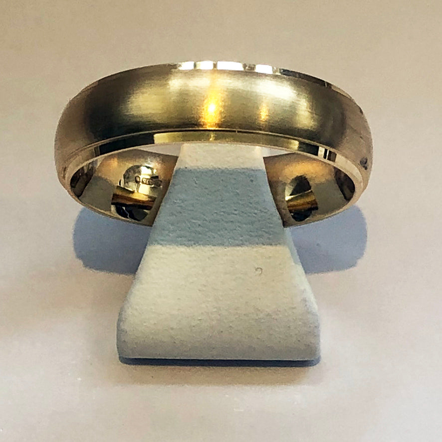 Yellow Gold Mens Brushed Wedding Band Ring