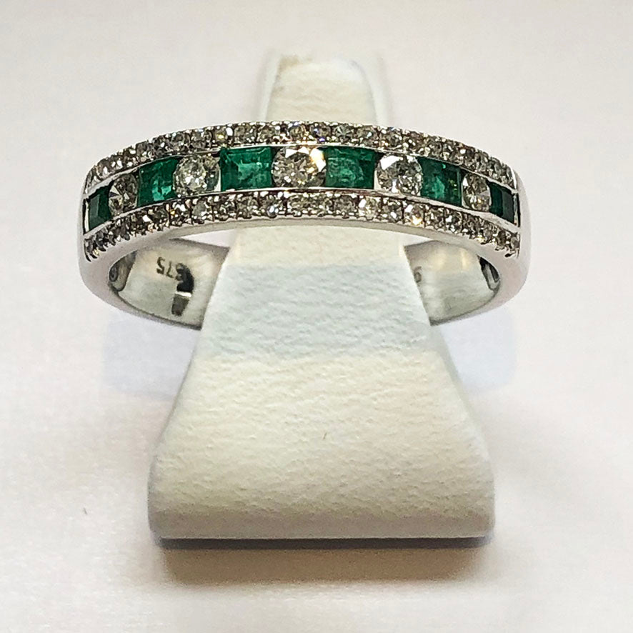 Diamond And Emerald White Gold Ring Band - Product Code J120