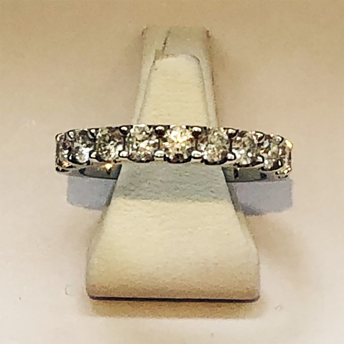 Diamond White Gold 11 Stone Band