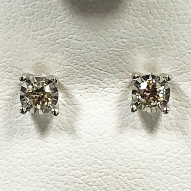 Diamond White Gold Stud Earring Set