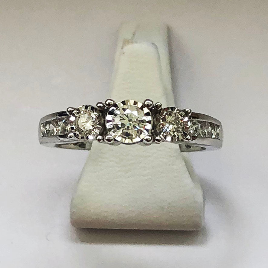 Diamond White Gold Trilogy Ring