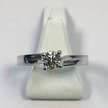 Load image into Gallery viewer, Diamond White Gold Solitaire Ring
