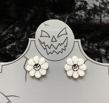 Load image into Gallery viewer, Pumpkin Flower Studs