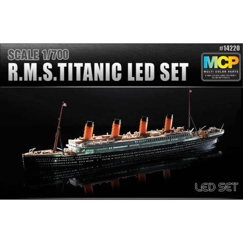 Academy 1/700 Titanic With LED Lights