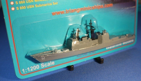 Triang Ships USS Bunker Hill 1:1200