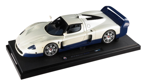 1:18  Elite Maserati MC12 White
