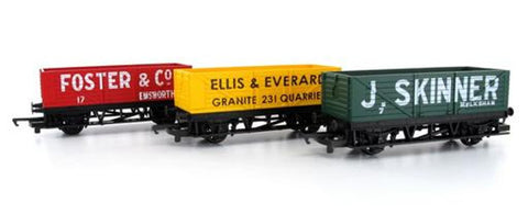 Hornby R/Road Open Wagons 3 Pack