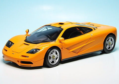MC 1:18 1993 McLaren F1 Road Car Orange