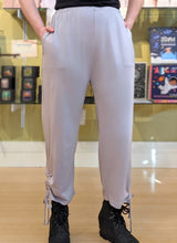 Load image into Gallery viewer, Fenini SIDE TIE CROP PANT