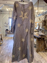 Load image into Gallery viewer, Magnolia Pearl CASSIEL STAR DRESS